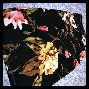 High waisted flower pencil skirt
